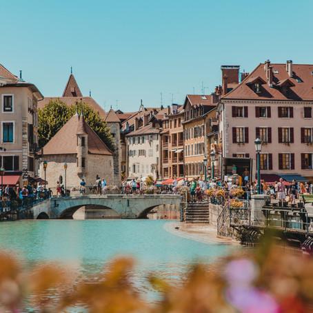 Zonnige citytrip naar kleurrijk Annecy
