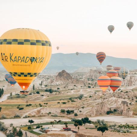 Tips voor een luchtballonvaart boven Cappadocië.