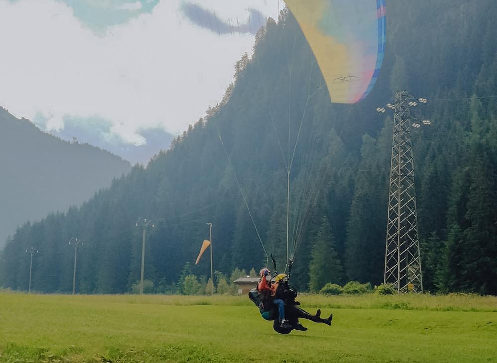 hoe-lang-duurt-paragliden