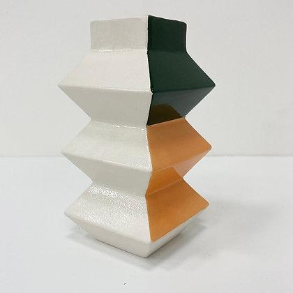 Zigzag Vase 02