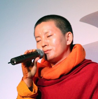 Ani Choying Drolma 瓊英卓瑪
