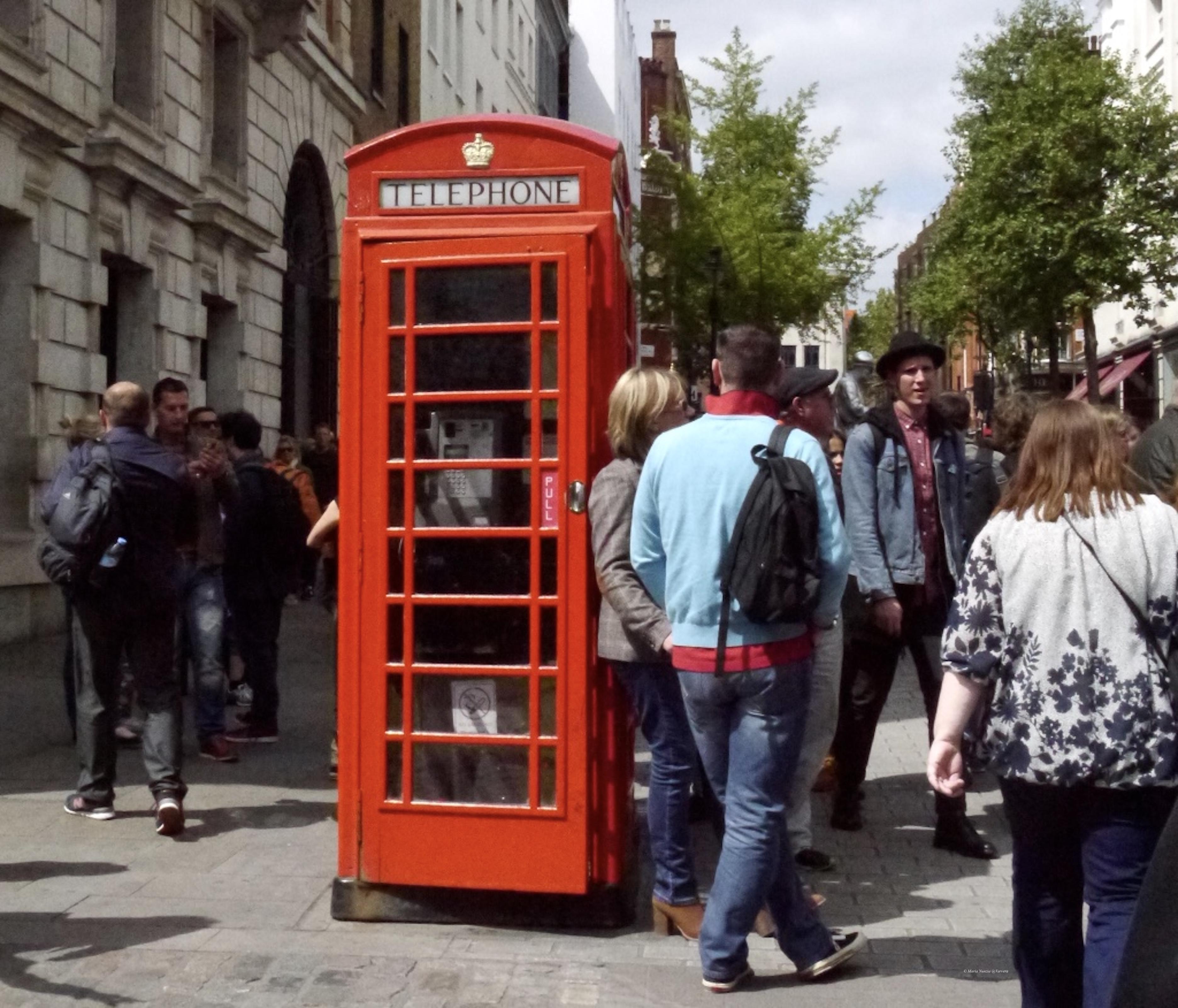 Red_phone_box_London_©_Maria_Nunzia__Varvera_