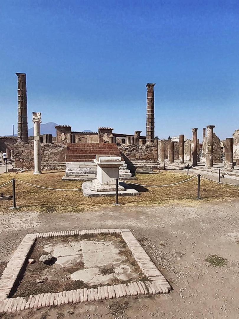 Apolónův chrám