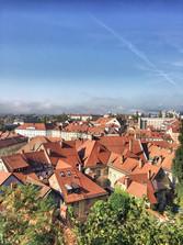 Ljubljanské střechy - někde v půli výstupu