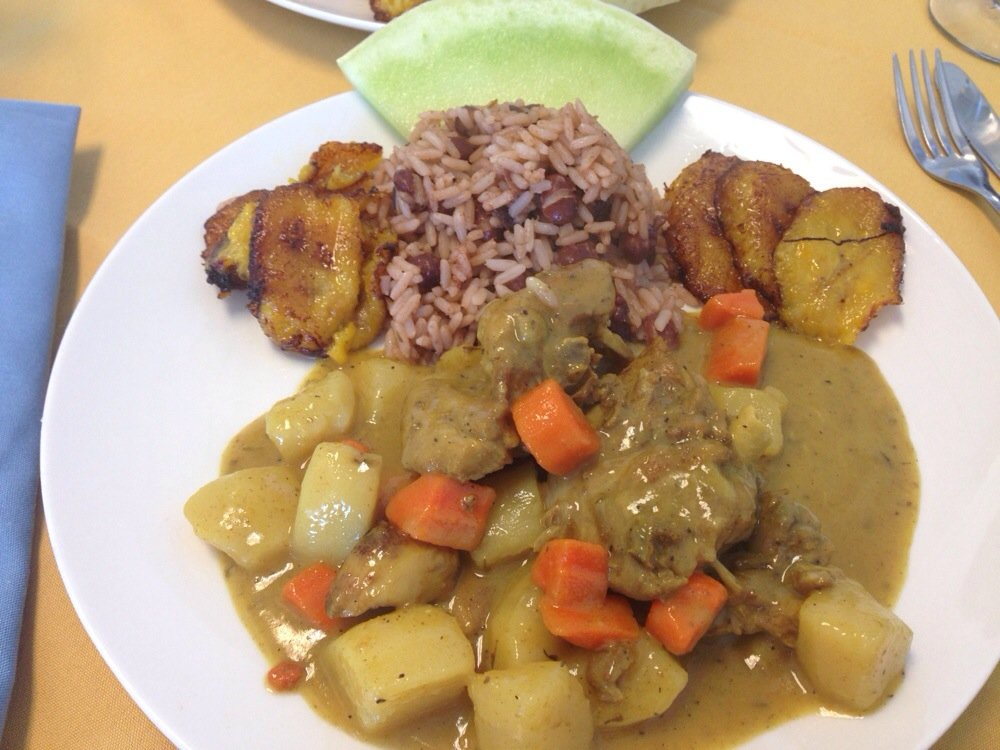 CARIBBEN STYLE CURRY CHICKEN