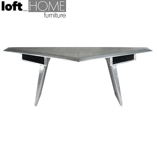 Table – ARTOPIA Trangle Aircraft