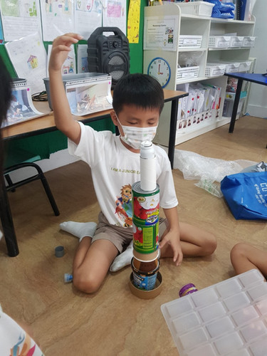 Making a tower from waste
