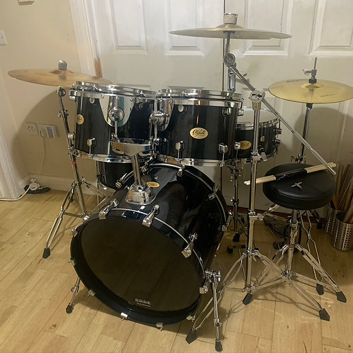 Fully Refurbished Oldfield Drum Kit with Cymbals