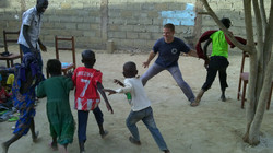 Animation avec les enfants à Farcha