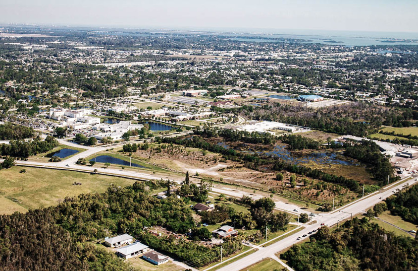 Cove & Willoughby - Florida, USA