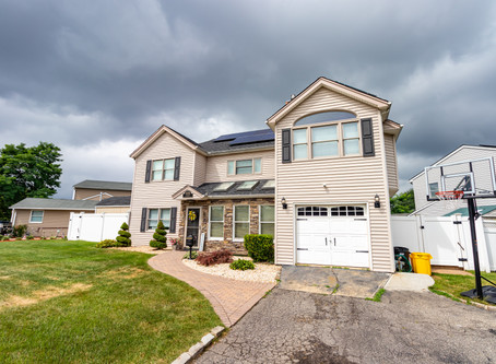 Stunning 5 Bed Long Island Colonial