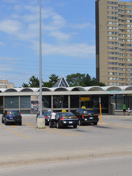 Clarkson GO Station