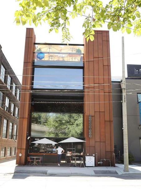 Gusto 501 Restaurant