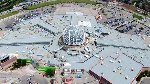 Erin Mills Shopping Centre