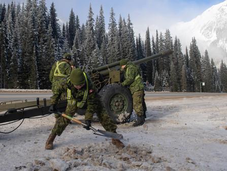 artillery.jpg