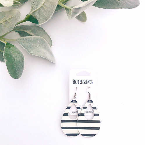 Horizontal Thick Black & White Striped Broad Cut Out Teardrops