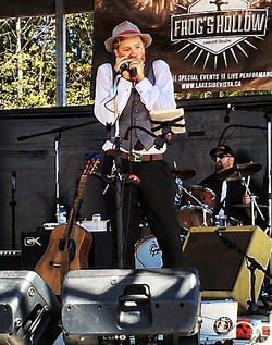 Jay Kipps Band at Frogs