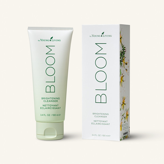 BLOOM Brightening Cleanser with box Silo