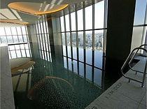 パークコート青山ザ・タワーのプール