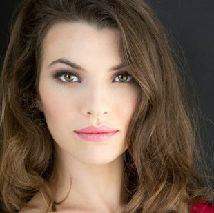 """Ariel Downs, Soprano, (Miss Silverpeal in The Impresario) is a native of California and has been praised for her """"ravishing coloratura"""" and """"vivid"""" singing.  Previous roles include Annina (La Traviata), Taumännchen/Gretel (Hänsel und Gretel), Susanna (Le nozze di Figaro), Le Rossignol (L'Enfant et les Sortiléges), Suor Genovieffa (Suor Angelica), and Phyllis (Iolanthe).  She was also a finalist in the 2019 Coeur d'Alene Symphony Orchestra Young Artist Competition and the University of Missouri Kansas City Concerto Aria Competition.  In 2019, Ariel sings Adele (Die Fledermaus) with University of Missouri Kansas City, Despina (Cosi fan tutte) with Mid-Ohio Opera, and Nannetta  (Falstaff) with Lawrence Opera Theatre.  Ariel holds a Master of Music degree from the University of Missouri Kansas City."""