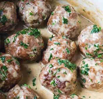 Swedish meatballs with sauce