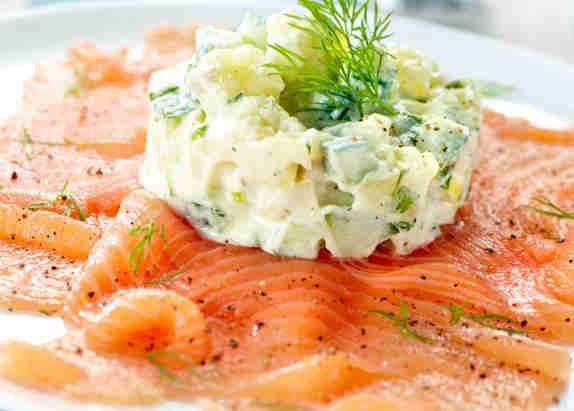 Carpaccio of salmon with potato and cucumber