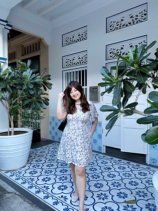 Tabbie Keyhole Dress in White