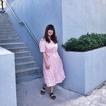 Nicolette Off-Shoulders Floral Dress in Pink
