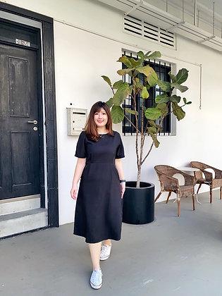 Daphne Midi Dress in Black