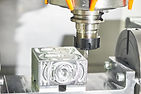Milling machine tool with mill in chuck