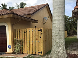 Protek-Fence Wood Shadow-box privacy fence Coral Springs Florida