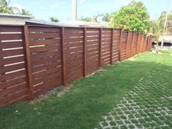 horizontal wood fence 1.jpg