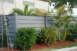 trex-horizons-commercial-fence-in-florid