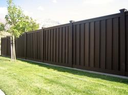 trex-fencing-woodland-brown-6.jpg