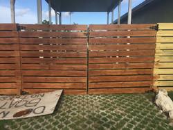 horizontal wood fence 4.jpg
