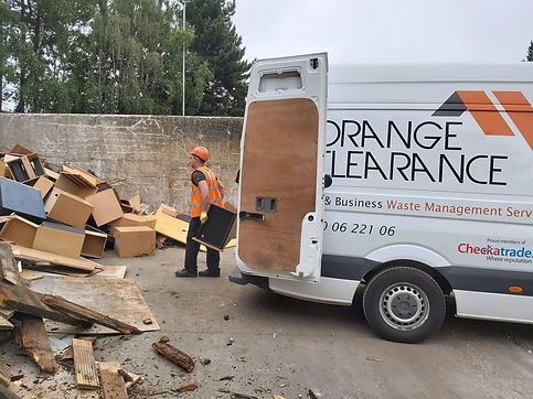 Commercial rubbish removal in the UK
