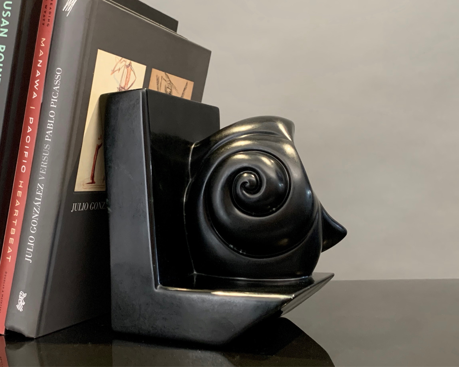 Bookend (Shell)