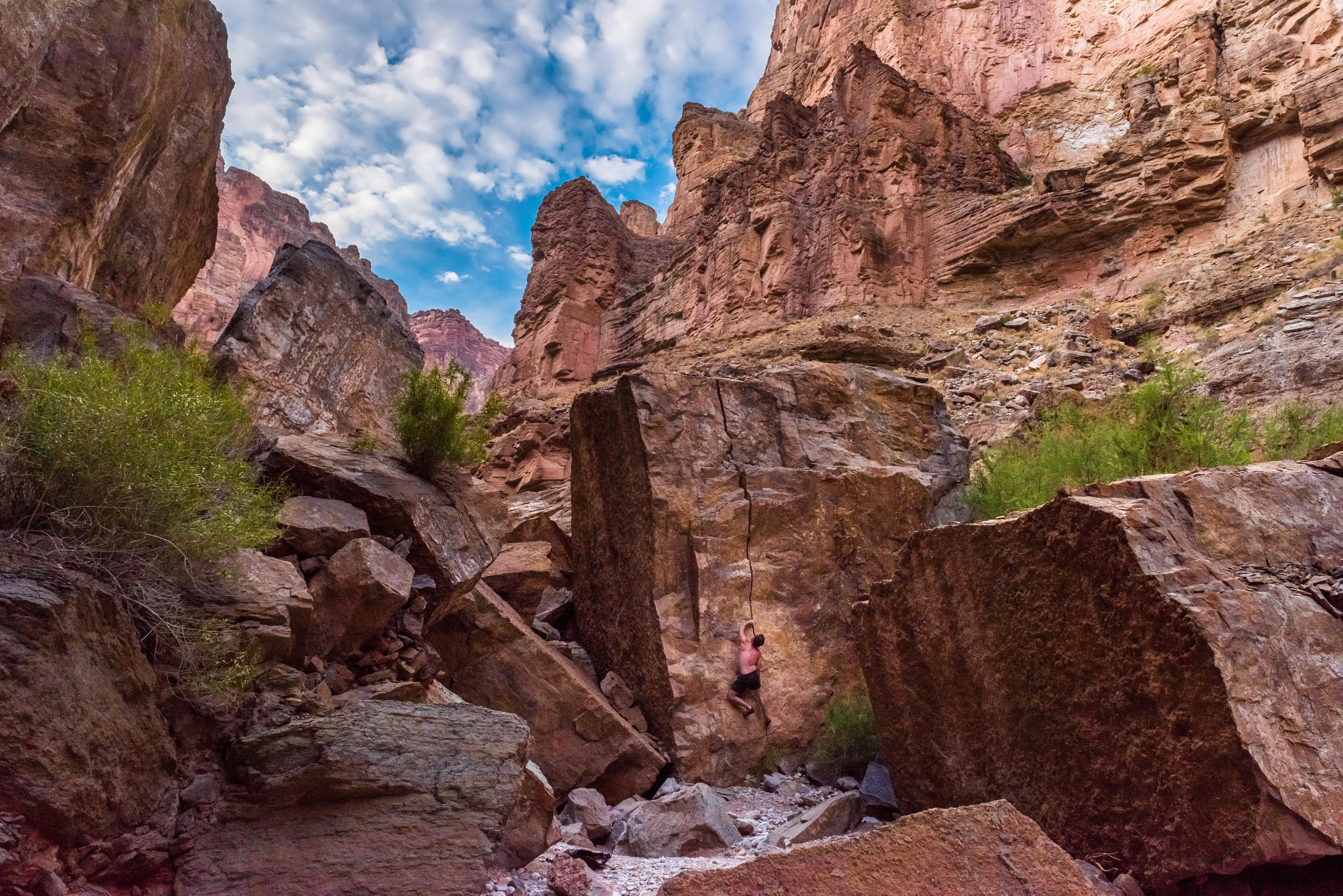 Grand Canyon-Finger Crack