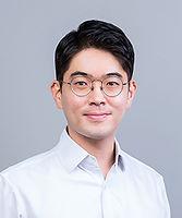 Dr Youngwon Kim_Portrait.jpg