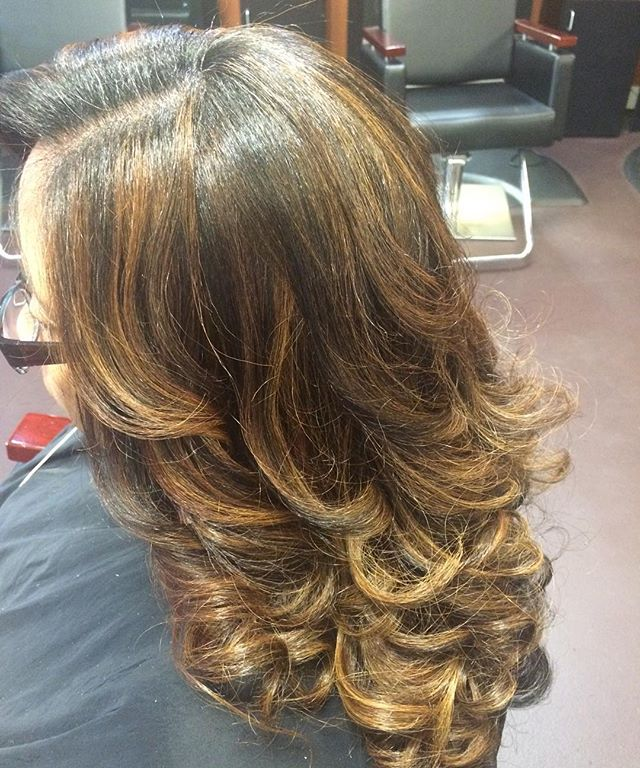 Check out these luscious curls! #naturalhair #healthyhair #haircare #teamnatural #innerbeauty #atlan
