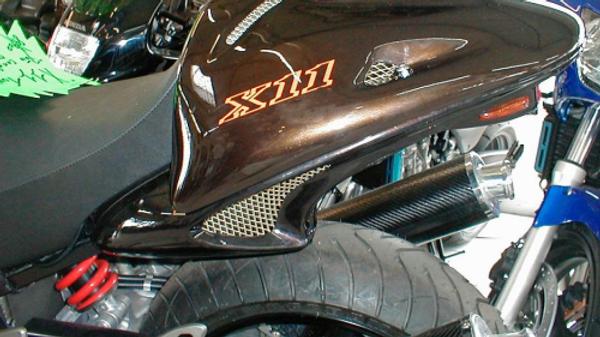 DOSSERET / CAPOT DE SELLE | X11 (2000/2003)