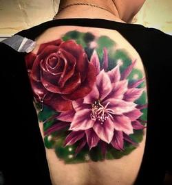 Composition_florale_réaliste_couleurs_dos
