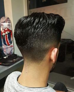Coupe de cheveux par Gwen