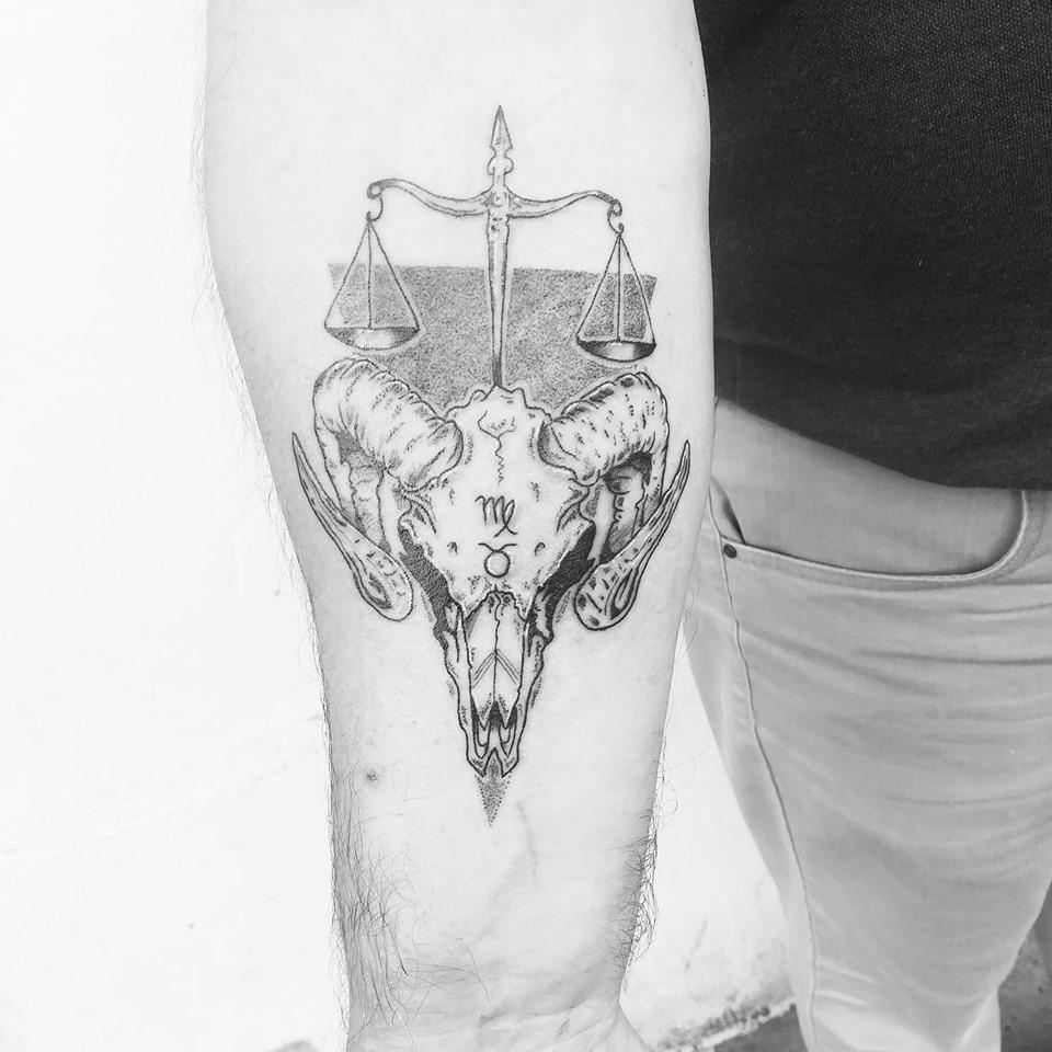 Tatouage crâne de bélier
