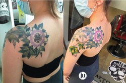 Tatouage floral couleurs Ju