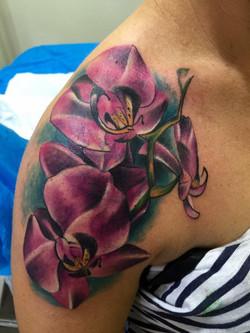Orchidées, couleur, épaule, Yaiza Rubio.