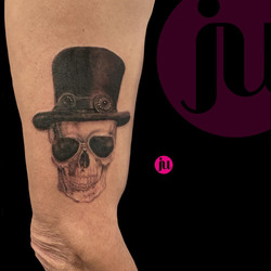 Tatouage Skull Guns & Roses Slash