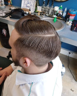 Coupe cheveux homme stylée vintage