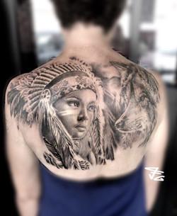 Tatouage indienne et loup