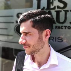 coupe de cheveux par Thai